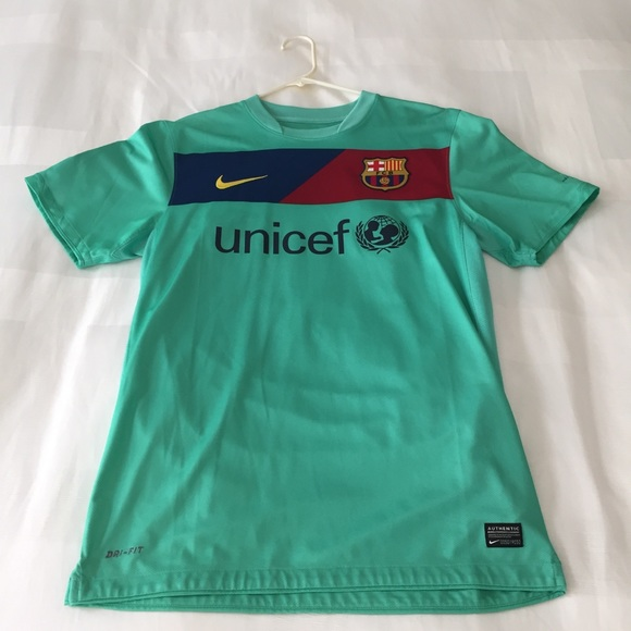 innovative design 60f32 9c1c1 Lionel Messi FC Barcelona 2010-2011 Away Jersey